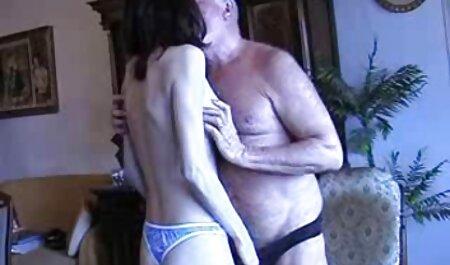 سنت باعث می شود یک, در فیلم سکس پارتی خارجی توالت