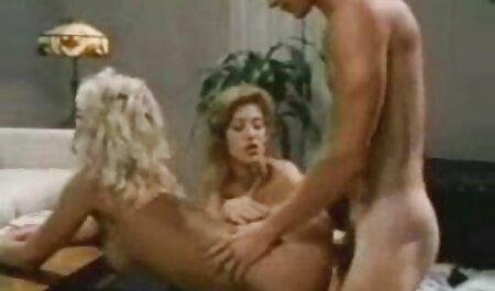 مدل های کوچک, فیلم برداری برهنه فیلم پارتی سکسی