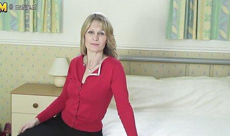 مصاحبه با یک زن خانه دار زرق و برق دار سکس پارتی عربی 30 ساله از سنت پترزبورگ