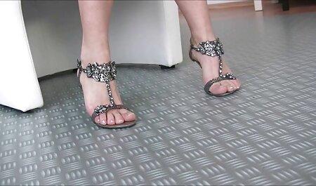 مارینا دانلود فیلم سکس پارتی خشنود دو لزبین با بوسه در پاها