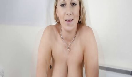 , یک دختر پاره دانلود کلیپ سکس پارتی می شود در یک سوراخ تراشیده